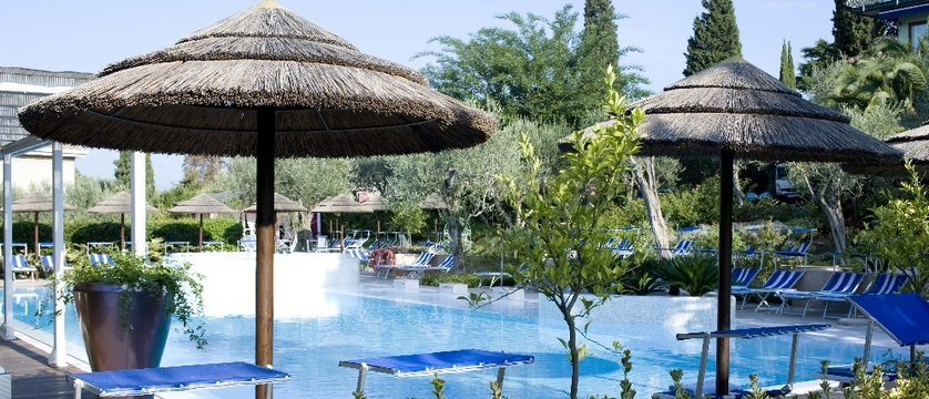 Hotel Olivi - Pool.jpg